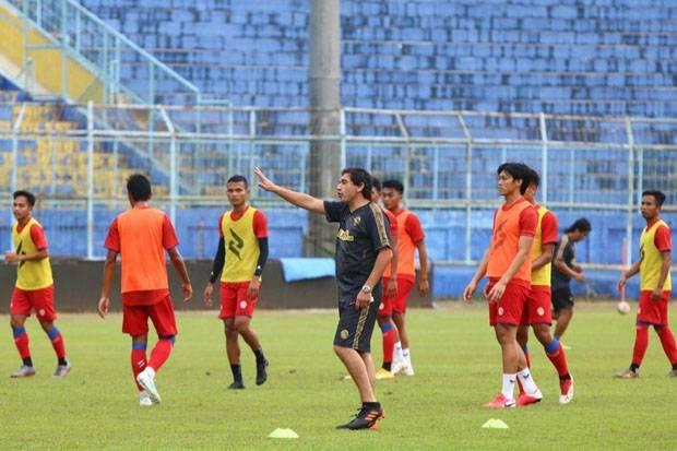 4 Calon Pemain Asing Arema FC Masih Negosiasi