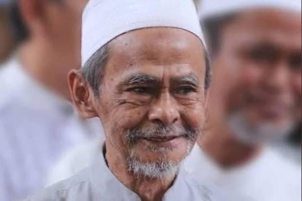KH Nawawi Abdul Jalil Wafat, PBNU Keluarkan Instruksi Salat Gaib