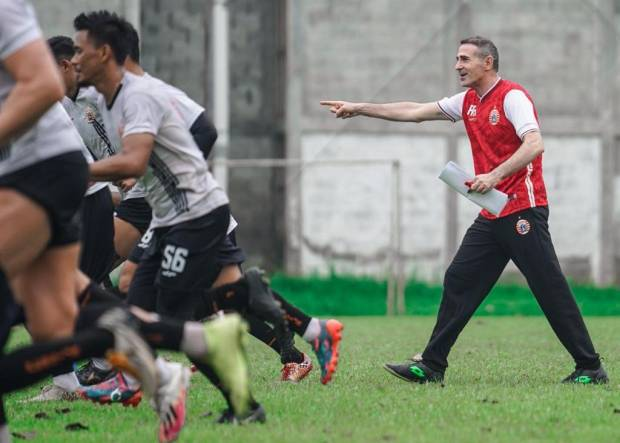 Minim Waktu Persiapan, Angelo Alessio Percaya Skuad Persija Jakarta