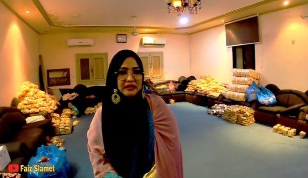 Viral! Berkah Jualan Camilan di Makkah, Risma Raup Triliunan Rupiah