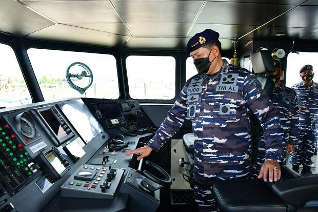 https://pict-a.sindonews.net/dyn/620/pena/news/2021/07/03/14/472904/jaga-keamanan-maritim-di-perbatasan-tni-al-operasikan-dua-kapal-patroli-canggih-lhh.jpg