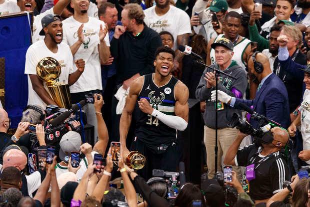 Jadi Juara NBA, Giannis AntetokounmpoTaklukan Semua Tantangan Kobe Bryant