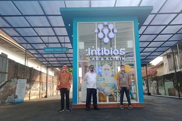 Tes Swab Drive Thru Intibios Lab Mendekatkan Pelayanan ke Masyarakat