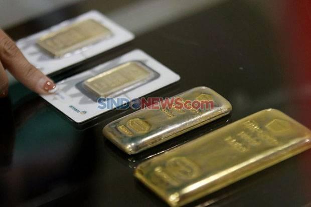 Harga Emas Antam Hari Ini Lanjutkan Tren Penurunan, Bertengger di Level Rp946.000 Per Gram
