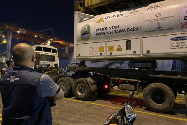 Atasi Krisis COVID-19, Jabar Jemput 85 Ton Oksigen Cair ke Palembang