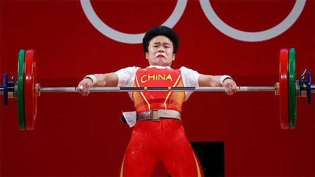 China Tuduh Media Barat Sengaja Pasang Foto Jelek Lifter Hou Zhihui