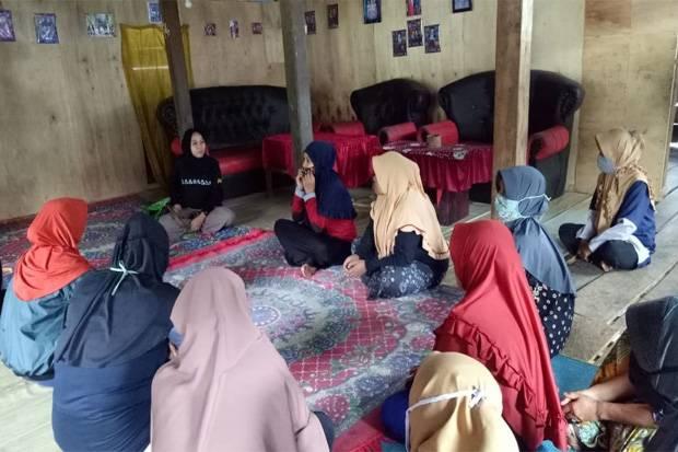 Indonesia Care: Peran Perempuan Naikkan Ekonomi Keluarga di Masa Pandemi Masih Rendah