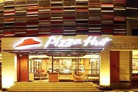 PZZA Penjualan Turun, Laba Pizza Hut Tetap Naik 200% di Kuartal II