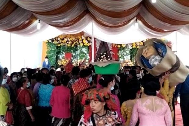 Tak Bubarkan Pesta Pernikahan Anak Anggota DPRD, Camat Hutabayu Raja Dicopot