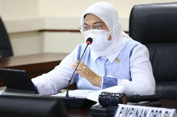 Kepada Senator, Menaker Ida Jelaskan Perlindungan Pekerja Migran di Negara Penempatan