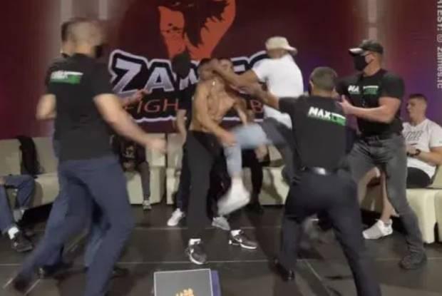 Brutal! Petarung MMA KO Disodok Lutut Musuhnya saat Timbang Badan