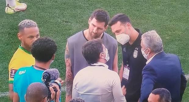 Breaking News: Baru 5 Menit, Pertandingan Brasil vs Argentina Dihentikan
