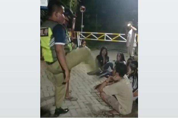 Viral Tendang Kepala Pemuda, Oknum Satpol PP Blora Akhirnya Dipecat