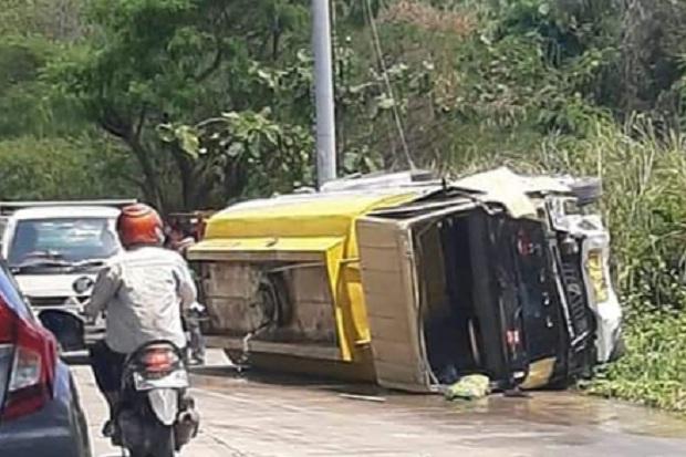 Truk Tangki Hantam Mobil dan Motor di Sigar Bencah, 4 Orang Tewas
