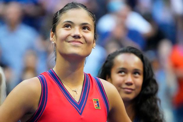 AS Terbuka; Kalahkan Leylah Fernandez di Final, Emma Raducanu: Dia Bermain Luar Biasa