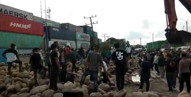 Ricuh Rebutan Lahan di Pelabuhan Belawan Medan, Polisi Tangkap Puluhan Pemuda