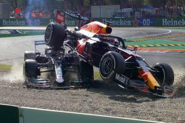 Jadi Penyebab Kecelakaan Hamilton di Formula 1 GP Italia, Verstappen Dijatuhi Penalti