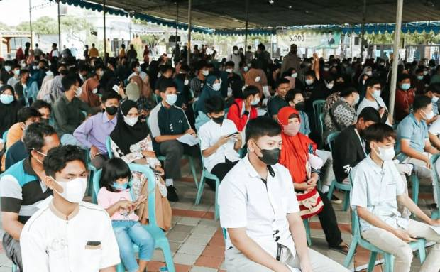 Keluarga Alumni Universitas Jember Gelar Vaksinasi 5.000 Dosis di Gresik