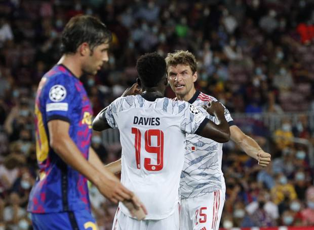 Liga Champions: Babak Pertama Barcelona vs Bayern Muenchen, Kampiun Liga Jerman Memimpin