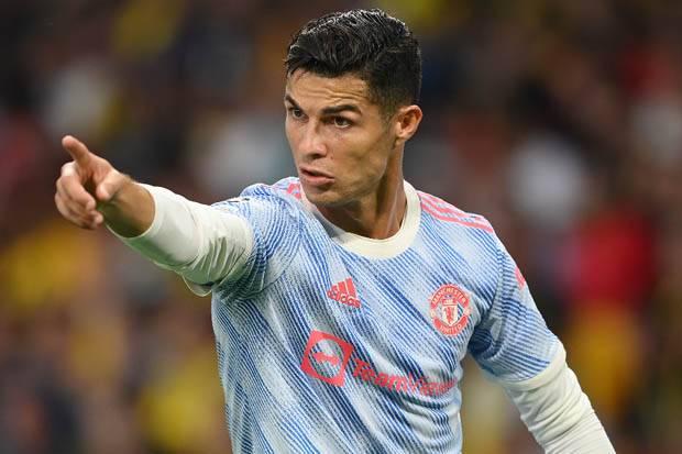 Momen Ronaldo Jadi Pelatih Dadakan Saat Jadi Cadangan