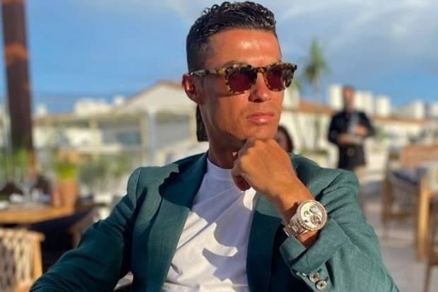 Fernandinho Berkisah, Klub dan Pemain Sempat Senang Saat Agen Ronaldo Sibuk di Man City