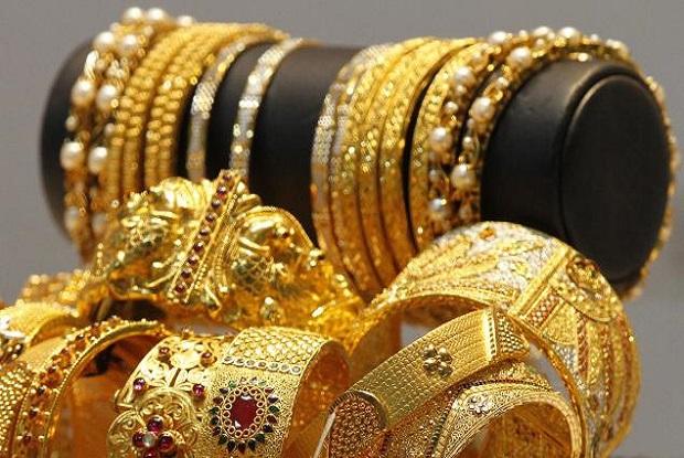 Mengapa Emas dan Sutera Hanya untuk Wanita? Ini Dalilnya
