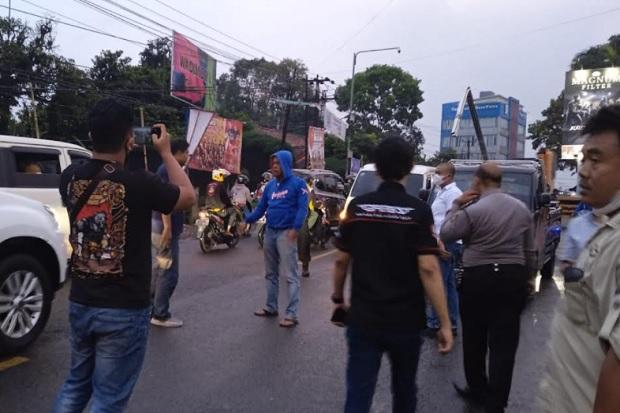 Debt Collector Bentrok dengan 100 Orang Ormas di Cisaat Sukabumi, 2 Terluka