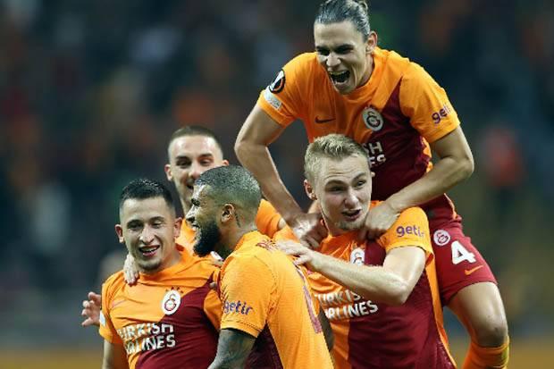 Hasil Liga Europa 2021/2022, Galatasaray vs Lazio: Blunder Strakosha, Aquilotti Keok