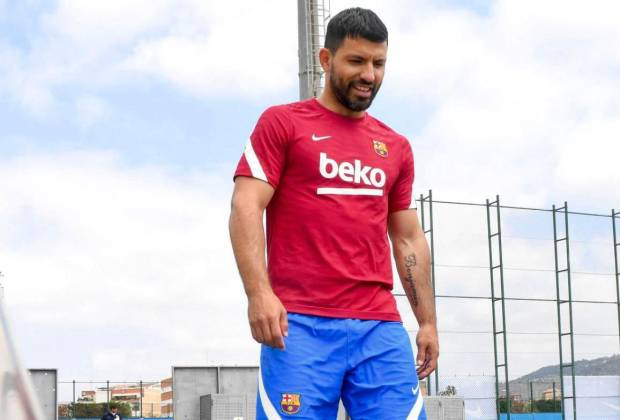 Liga Spanyol: Barcelona Dipaksa Bersabar, Aguero Baru Bisa Tampil Bulan Depan
