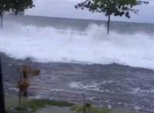 Waspada, BMKG Peringatkan Gelombang Tinggi di Laut Sulawesi