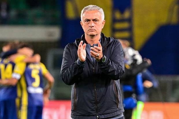 Verona vs Roma: Telan Kekalahan Pertama, Mourinho Akui Giallorossi Tampil Buruk