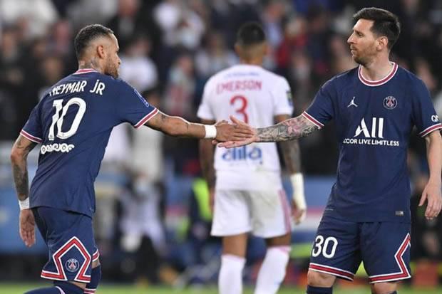 Spekulasi Muncul Saat Messi Ditarik Keluar di Laga PSG vs Lyon, Pep Guardiola Beri Saran
