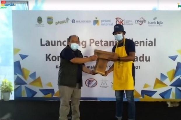 Luncurkan Petani Milenial Komoditas Lebah Madu, Ridwan Kamil: Tinggal di Desa Rezeki Kota