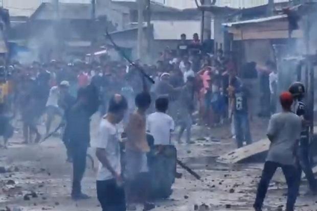 Medan Belawan Mencekam, 2 Kelompok Remaja Perang Batu dan Mercon