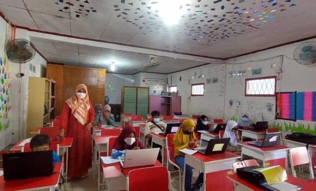 Pertama di Indonesia, Ribuan Guru serta Siswa Ikuti Uji Kompetensi Berbasis Literasi dan Numerasi