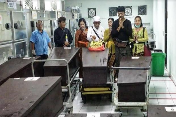 25 Jenazah Terlantar di RSUP Sanglah Bali Dikremasi, Ada yang 2 Tahun Tersimpan di Freezer