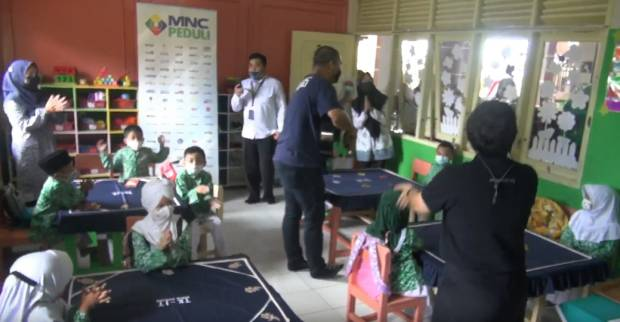 Kunjungi Yayasan Nurul Bahjah di Cianjur, Terima Kasih MNC Peduli