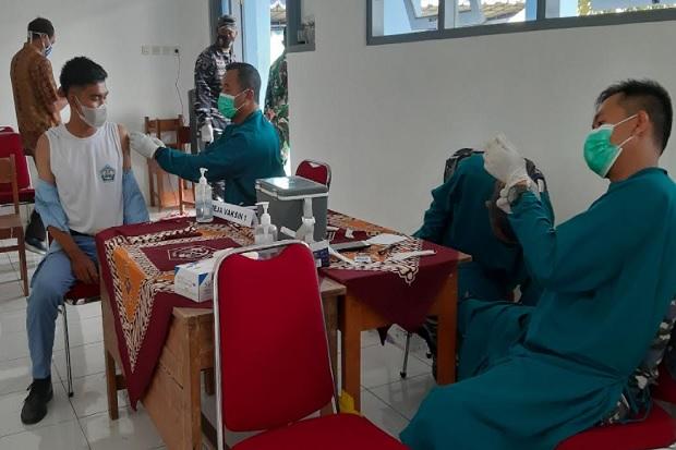 Usai Ikut Vaksinasi yang Digelar TNI AL - MNC Peduli, Ribuan Siswa SMK di Bantul Siap PTM