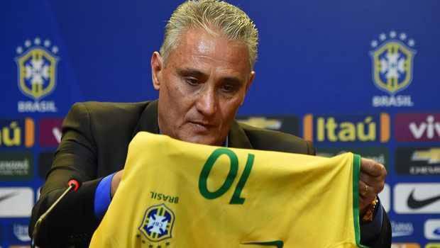 Legenda Brasil Romario Sarankan Tite Segera Dipecat dari Jabatan Pelatih