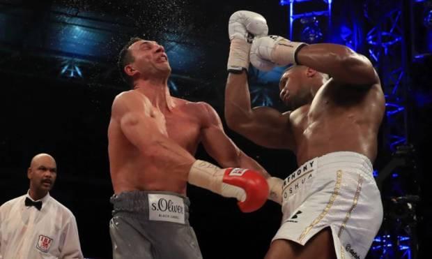 Mengerikan! KO Brutal Anthony Joshua Hancurkan Musuh-musuhnya