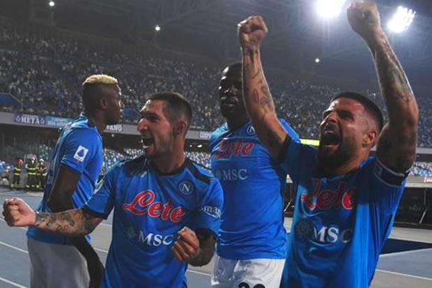 Hasil Liga Italia 2021/2022: Lumat Cagliari, Napoli Kokoh di Puncak Klasemen
