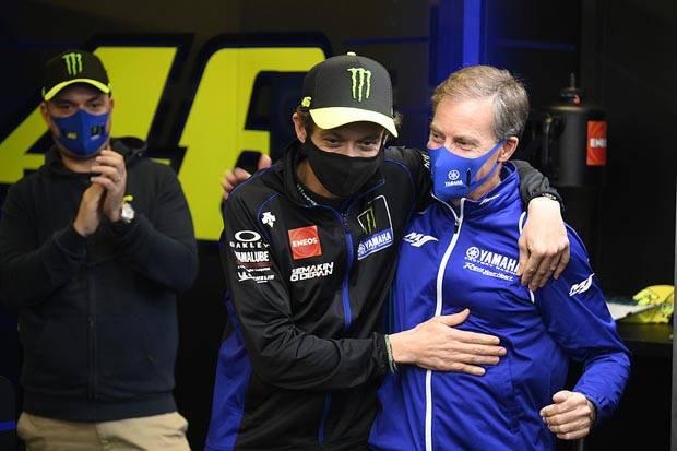 Jarvis Beberkan Tempat Pembahasan Kontrak Rossi dari Honda ke Yamaha