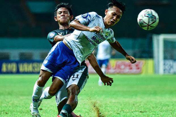 Bertabur Kartu Kuning di Liga 1 2020/2021, Pelatih Persib Bantah Tim Kasar dan Tuding Wasit