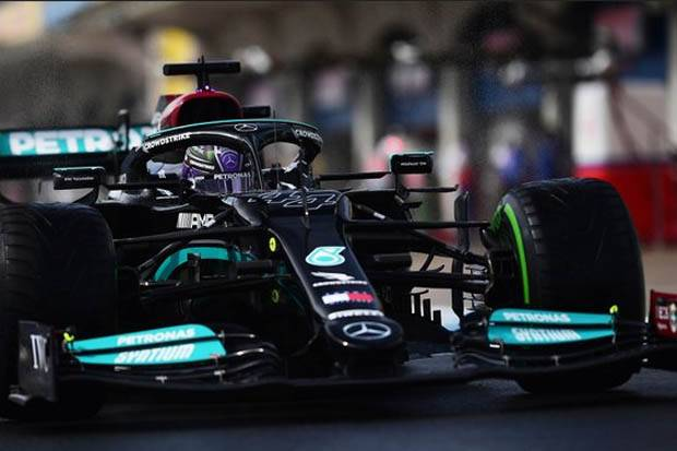 F1 GP Turki 2021: Lewis Hamilton Pesimistis Kalahkan Verstappen Pasca Penalti