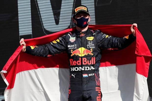 Verstappen Girang Dongkel Posisi Hamilton, Perez Akhiri Kerinduan Naik Podium