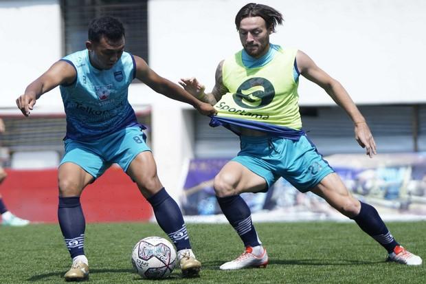 Liga 1: Bakal Bentrok Bhayangkara, Persib Waspadai Semua Pemain