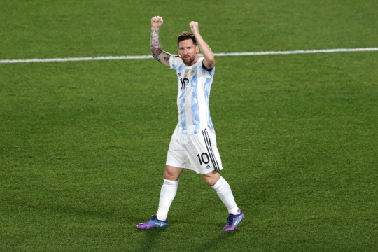 Jelang Argentina vs Peru, Messi Sanjung Martinez Kiper Terbaik di Planet Bumi