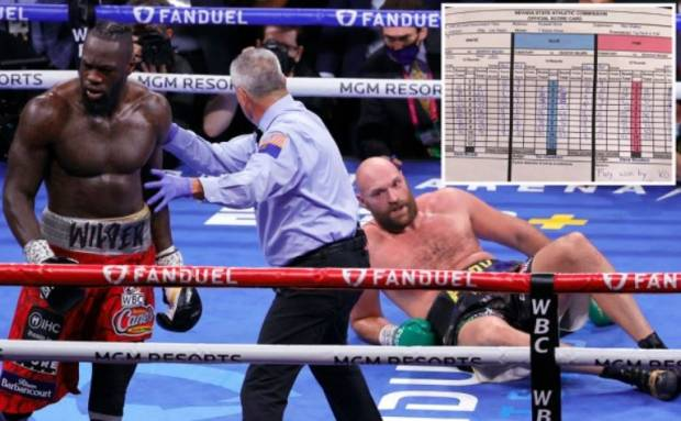 Drama Tyson Fury: Kalah Angka, Pergelangan Kaki Hampir Patah
