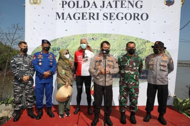Penanaman Satu Juta Mangrove Polda Jateng Mageri Segoro Pecahkan Rekor MURI