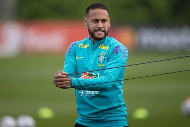 Neymar Pengin Pensiun, Respons Thiago Silva: Dia Anak yang Spesial